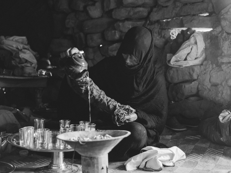 Pouring the Tea: Traditional Moroccan Ceremony